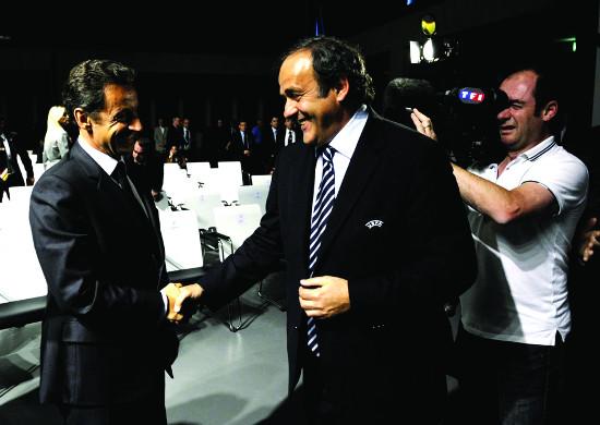 To franske presidenter, Michel platini i UEFA og Nicholas Sarkozy, var blant Qatars viktigste støttespillere i kampen om å få arran- gere fotball-VM.