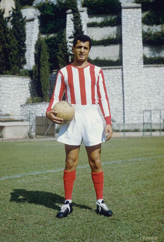 Midtstopperen Mustapha Zitouni var så god at Real Madrid lå langflate. Han valgte frigjøringskampen isteden.