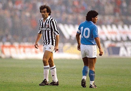 Michel Platini og Diego Maradona dominerte Serie A gjennom 80-tallet. Begge var typiske 'tiere' som spilte like bak spissene og regisserte lagets angrep.