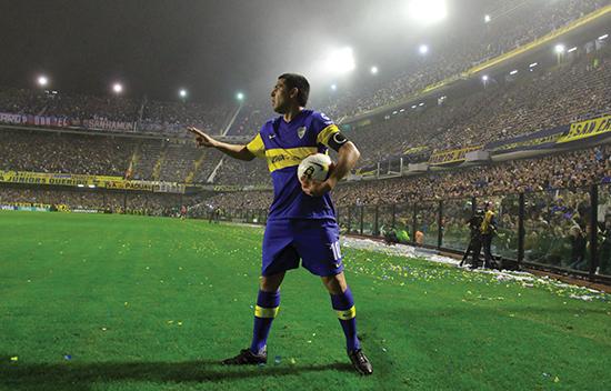 Juan Román Riquelme et et prakteksemplar på en temposvak trequartista som trenger en rekke ryddegutter bak seg. Slike spillere er sjeldne i en fotballverden hvor fysikk og dynamikk stadig blir viktigere.