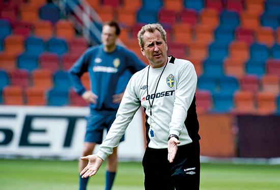 Erik Hamrén var på vei til å ta over som Vålerenga-trener. Investorene ville ha Martin Andresen. Andresen ble ansatt.