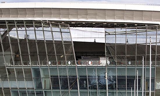 Donbass Arena i Donetsk. Anlegget har blitt rammet av flere bomber i løpet av borgerkrigen.