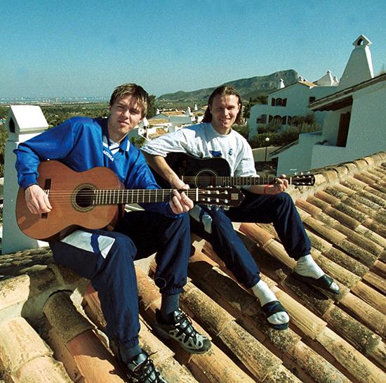 Trond Andersen og Daniel Berg Hestad var to av de største MFK-talentene på 1990-tallet. Gitar kunne de også spille, og på treningsleir på La Manga var det tid til å finstemme musikeregenskapene.