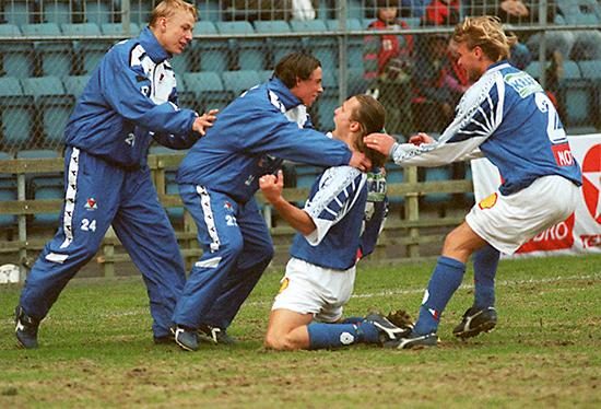 Daniel Berg Hestad var langt mer offensiv og scoret en god del mål i de første årene i MFK. Her jubler han sammen med Thomas Mork, Stian Ohr og Dennis Schiller etter at Skeid ble slått 3-0 på Ullevaal i 1997. Hestad scoret MFKs to første.