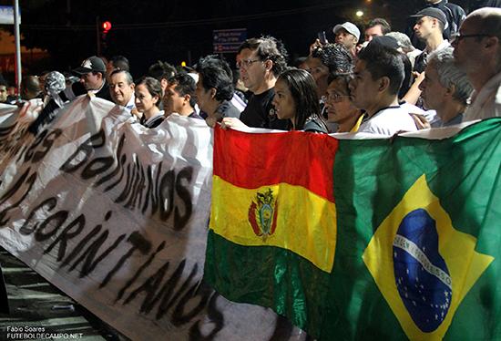 Den 14-årige tilhengeren Kevin Beltráns død vekket mye sympati i Bolivia. Det utnyttet fotballpampene – til egen økonomisk vinning.