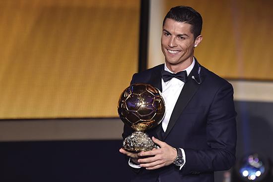 Cristiano har vunnet Ballon d'Or tre ganger, i likhet med Johan Cruyff, Michel Platini og Marco van Basten. Han trenger én til for å tangere Lionel Messi.