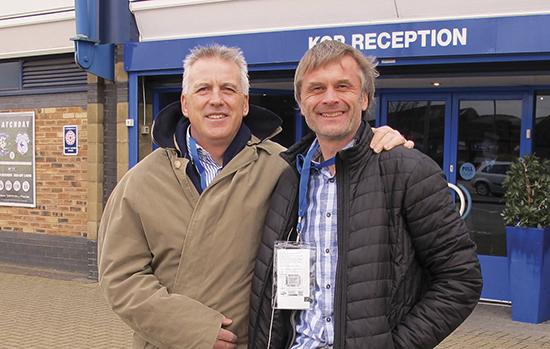 Artikkelforfatteren og Bob Latchford utenfor St. Andrews klar for Legends Day (eller hva jeg kalte det) og to dager med boksigneringer og vennskapelig prat. Venner for livet?